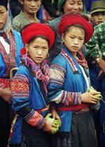 Red Hmong girls Sin Ho